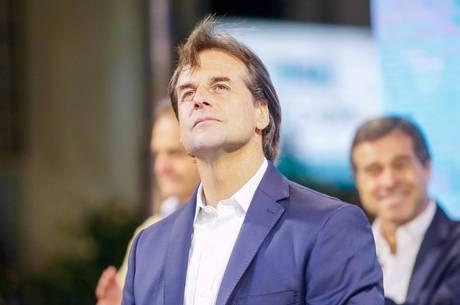 Ultradireitista é eleito novo presidente do Uruguai