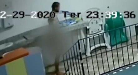 Suspeito ficou pelado após tomar banho na escola