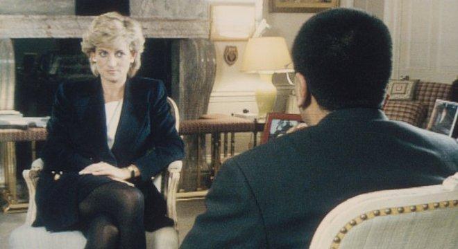 Lady Di em entrevista a BBC em 1995