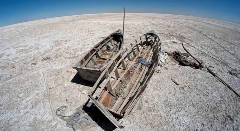 Cientistas temem que lago Poopó nunca mais volte a encher