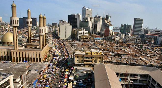 Americana estava sendo mantida em hotel na cidade de Lagos