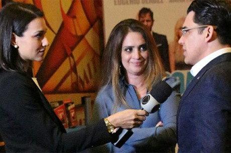Viviane Freitas, filha do bispo Edir Macedo, e bispo Júlio Freitas estiveram na pré-estreia do filme no Texas
