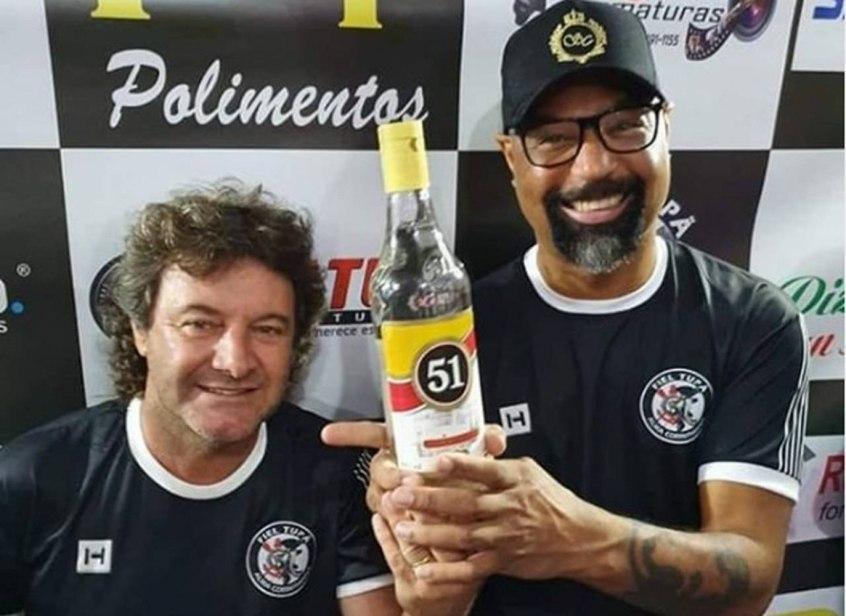 Dinei e Tupãzinho tiraram sarro com o título mundial do Palmeiras