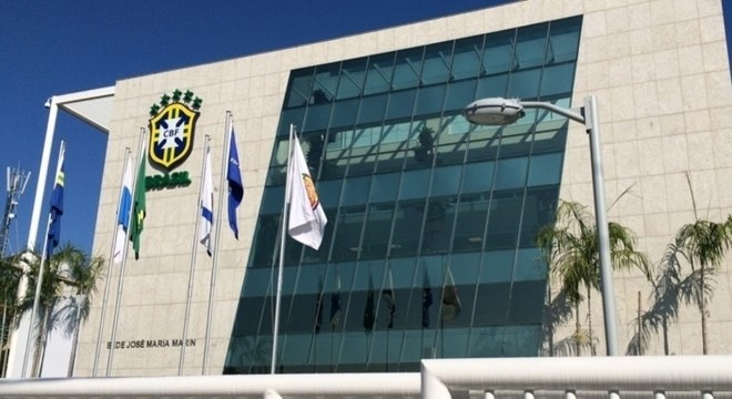 Decisão atende a 479 árbitros e assistentes ligados à entidade