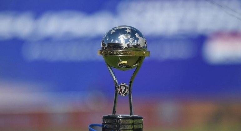 Brasileiros encaram pedreiras nas oitavas da Copa Sul-Americana