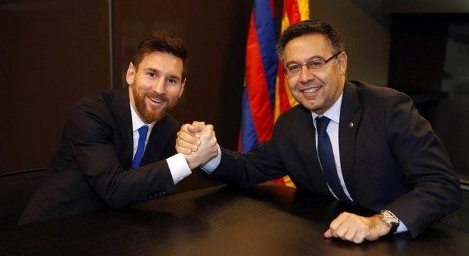 Lionel Messi tem contrato com o Barcelona até 2021