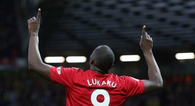 Lukaku marcou dois gols neste sábado contra o Southampton