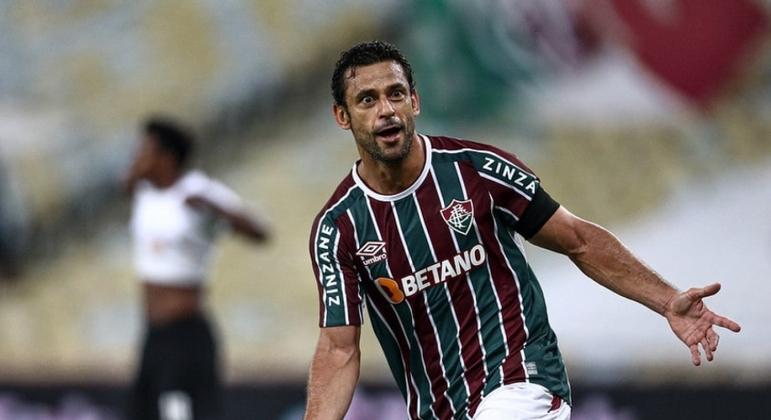 Fred fez o gol que abriu caminho para a vitória do Fluminense