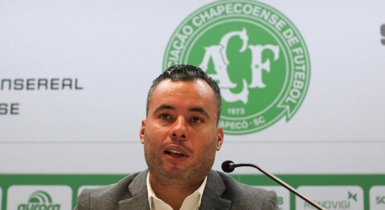 Jair Ventura foi demitido do comando da Chape nesta segunda-feira (2)