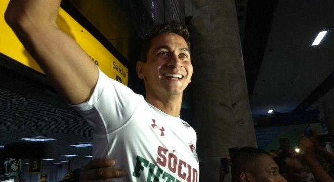 Paulo Henrique Ganso abriu sorriso ao ver torcida do Fluminense