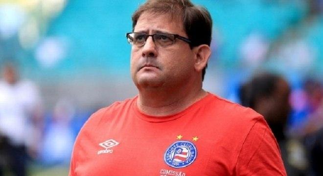 Guto Ferreira é demitido do Bahia após derrota em casa para o Grêmio ... 92fa9a49785d6