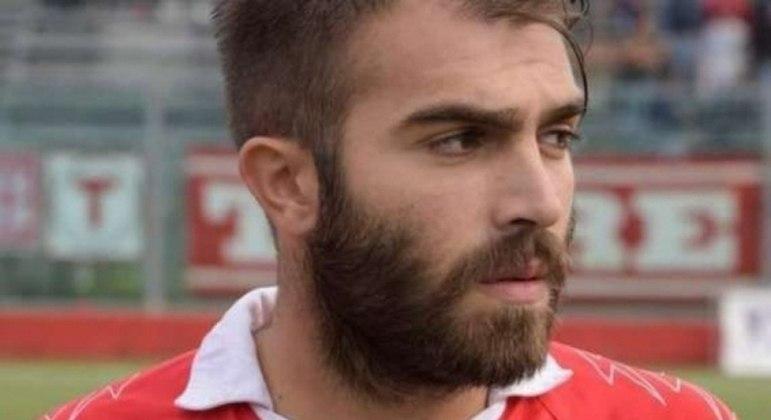 Giuseppe Perrino, ex-jogador do Parma, morreu aos 29 anos vítima de infarto