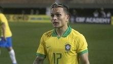 Tite convoca Artur, do Bragantino, para a seleção brasileira