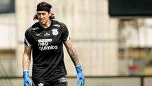 Cássio alcança número de jogos do maior artilheiro da história do Corinthians