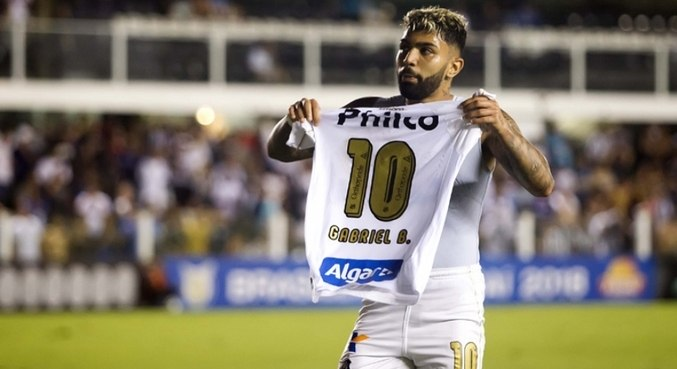 Com 83 gol, Gabigol é artilheiro da década do Santos