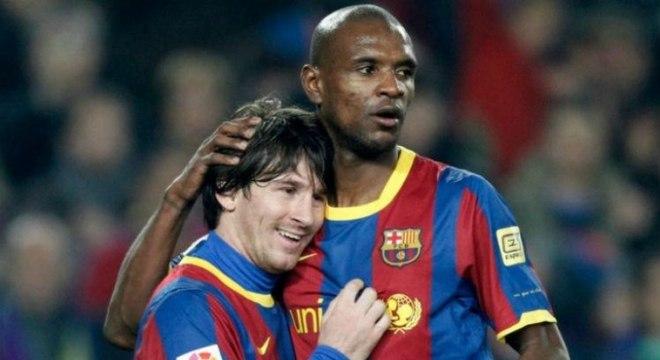 Messi e Abidal jogaram juntos no Barcelona durante alguns anos