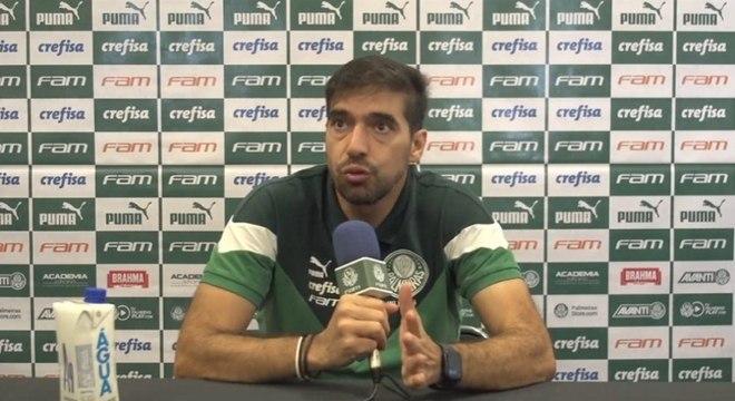 Abel Ferreira, técnico do Palmeiras, reconheceu gravidade da pandemia