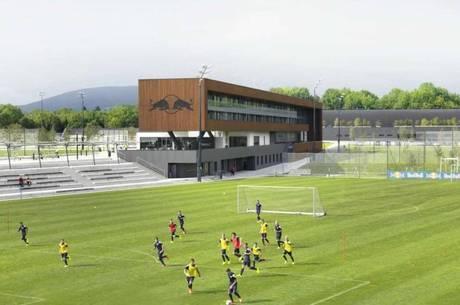 Local projeta o futebol para o futuro