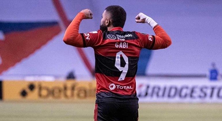 Gabigol fez dois gols e se igualou a Zico na artilharia da Libertadores