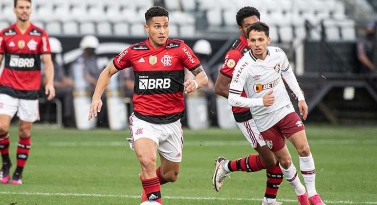 Flamengo dominou maior parte do jogo, mas acabou derrotado