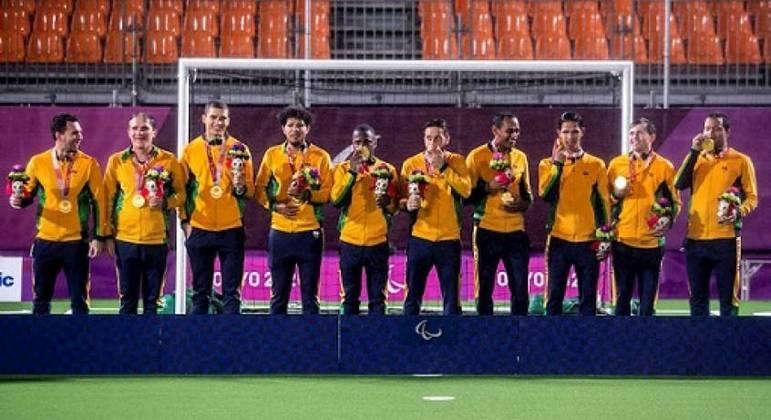 País conquistou dois ouros, com o futebol de 5 (foto) e com o canoísta Fernando Rufino