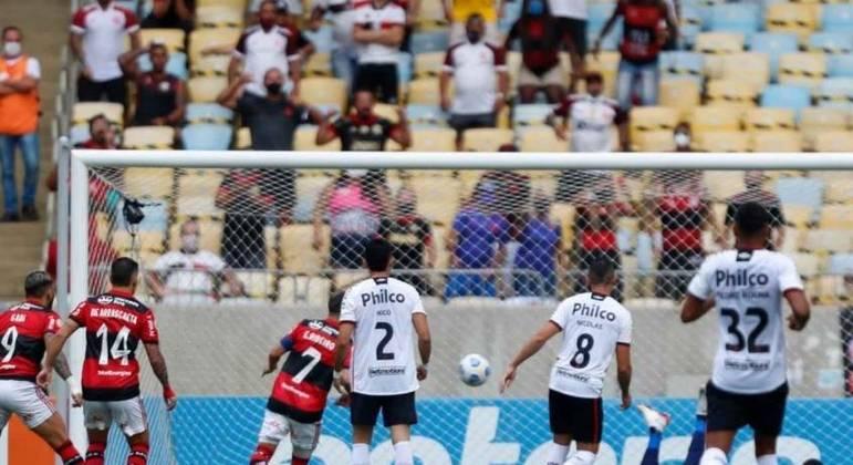 Com quatro jogadores convocados, Flamengo jogará desfalcado no Brasileirão