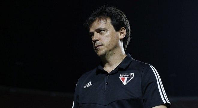 Fernando Diniz não soube explicar a eliminação para o Lanús