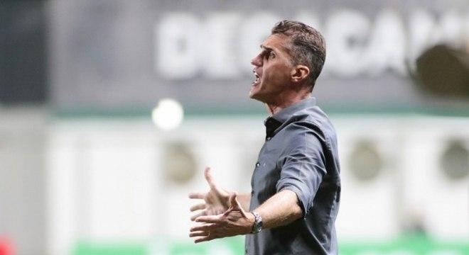 Vagner Mancini só não teve problema com suspensão em dois jogos do Brasileiro