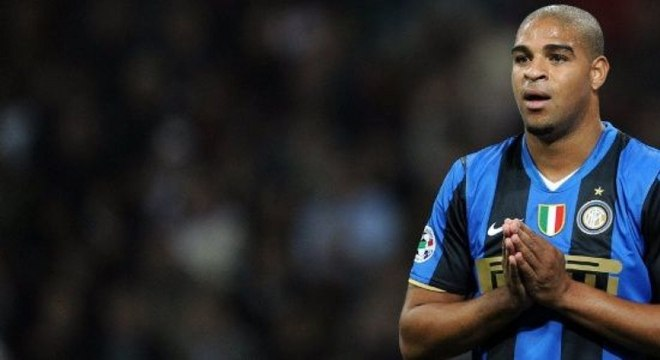 Adriano brilhou com a camisa da Inter de Milão