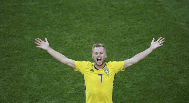 Larsson preferiu não entrar em polêmica sobre a não-convocação de Ibrahimovic