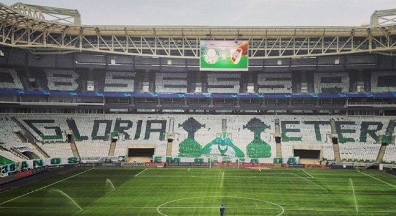 Palmeiras costuma levar a melhor em confrontos eliminatórios em seu estádio