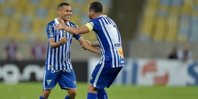 Avaí: 20° colocado - 17 pontos - Avaí x Chapecoense (23/11) / Avai x Fluminense (30/11)