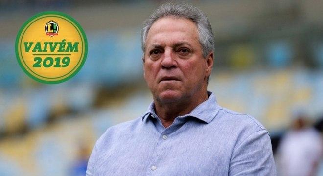 Abel Braga não está com pressa para definir seu futuro