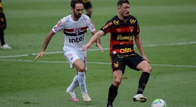 São Paulo ganhou do Sport apenas por 1 a 0 no Morumbi