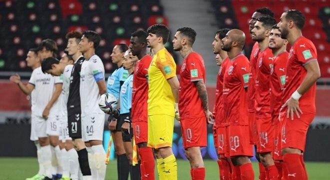 Equipe do Catar vence com assistência do brasileiro Dudu