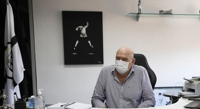 Andrés Rueda, presidente do Santos, evita falar sobre permanência de Cuca