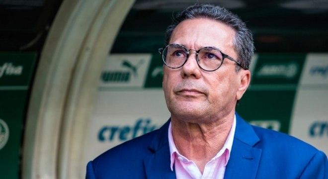 Luxemburgo elogia desempenho do Palmeiras em empate no Allianz Parque