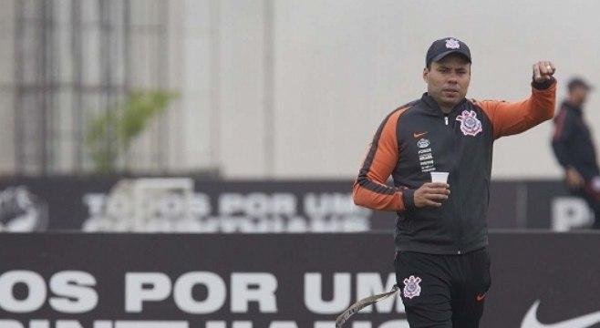Jair Ventura começou a preparar o Corinthians para o clássico contra o São Paulo