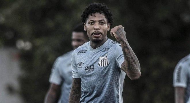 Marinho está entre os quatro nomes dos titulares do Santos que não pegaram covid