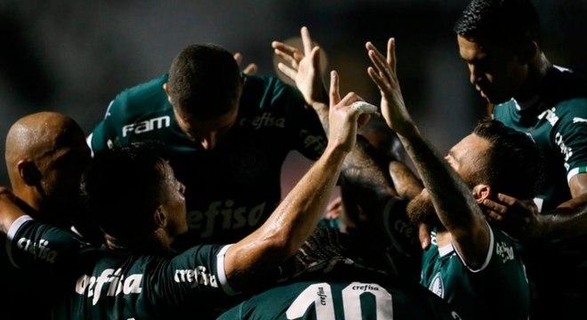 Palmeiras teve jogo complicado contra Ponte Preta no Moisés Lucarelli, em Campinas