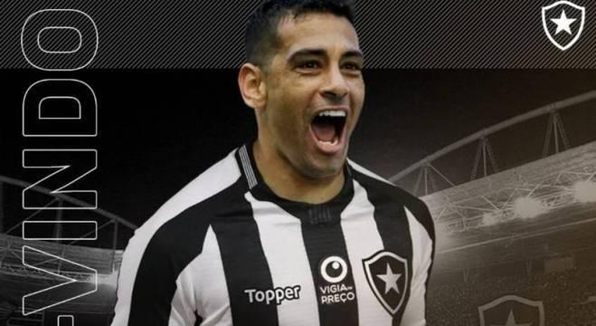 Botafogo anunciou a contratação de Diego Souza na tarde desta sexta-feira