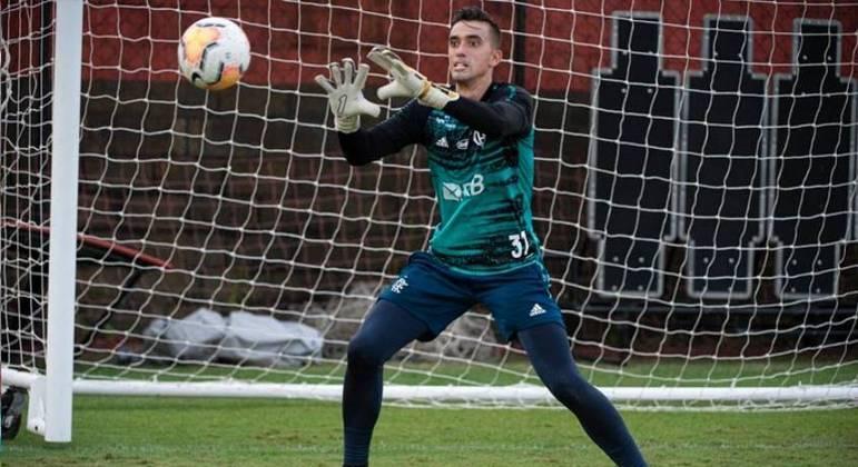 César costuma ser reserva do Flamengo