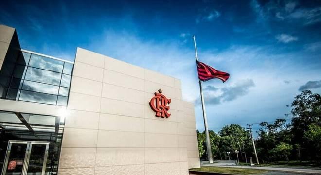 Tragédia no Ninho: Flamengo paga 'um valor superior' aos familiares