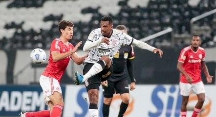 Corinthians empatou três dos quatro jogos fora