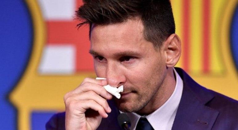 Messi não conteve as lágrimas em sua despedida do Barcelona