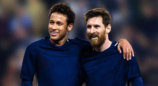 Neymar segue tentando levar Messi para jogar no PSG, da França