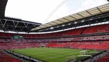 Inglaterra pressiona Uefa por final da Champions League no Wembley