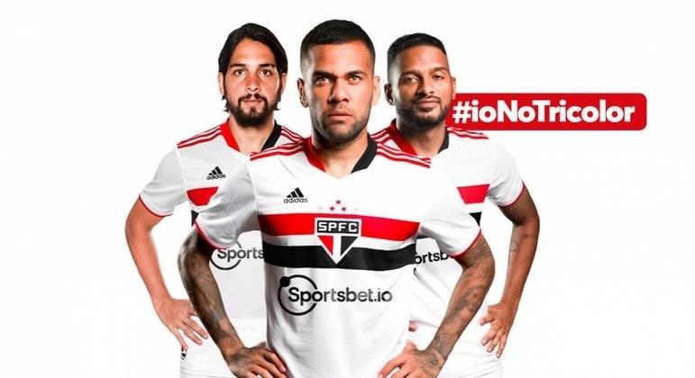 Camisa do São Paulo ganhou o logo da empresa abaixo do símbolo
