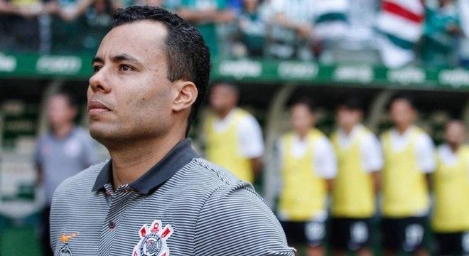 Jair Ventura vê muito trabalho a ser feito no Corinthians e espera reação do elenco