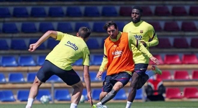 Messi se prepara para iniciar nova temporada com o Barcelona